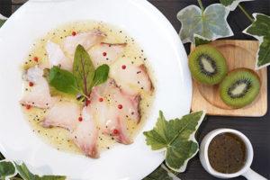 レシピ 白身魚&キウイソースのカルパッチョ